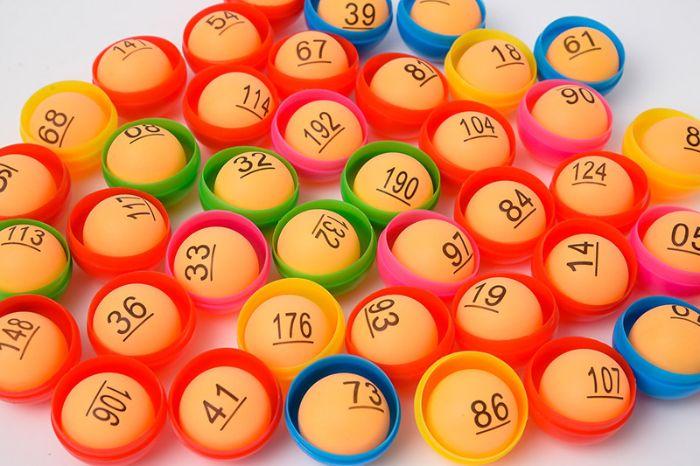 kép lệch chính là hai chữ số của chúng là bóng số của nhau người chơi tìm được