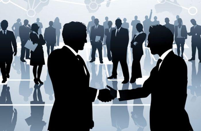 Ở bất cứ công việc nào, khi có mối quan hệ rộng sẽ rất thuận tiện cho người tham gia